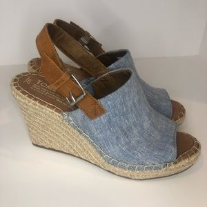 NWOT TOMS Monica Wedge Heel